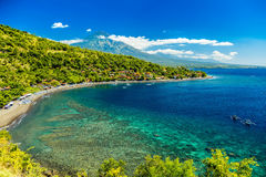 天蓝色的海滩Amed 免版税库存图片
