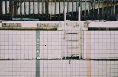 天蓝色的游泳池, Pripyat 免版税库存照片