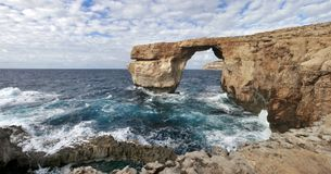 天蓝色的窗口,戈佐岛海岛,马耳他, 2016年12月 库存图片