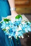 天蓝色的花束开花婚礼 免版税库存图片