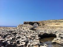 天蓝色的马耳他视窗 免版税库存照片