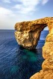 天蓝色的gozo海岛马耳他视窗 免版税图库摄影