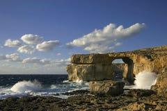 天蓝色的gozo海岛mal视窗 免版税库存图片