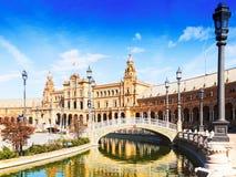 天观点的Plaza与桥梁的de西班牙 塞维利亚 免版税图库摄影
