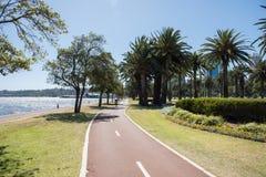 天鹅河自行车道路 库存图片
