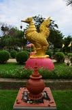 天鹅泰国样式在Nonthaburi的Wat Pailom 免版税库存照片
