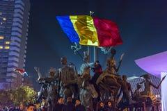 天3反政府抗议者在布加勒斯特 库存图片