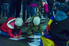 天4反政府抗议者在布加勒斯特 免版税库存图片
