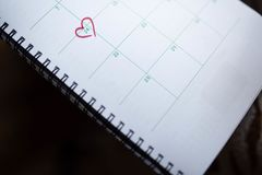 天2月14日在日历表示 免版税库存照片