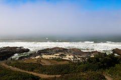 太平洋和太平洋海岸高速公路,加利福尼亚的看法 免版税库存照片