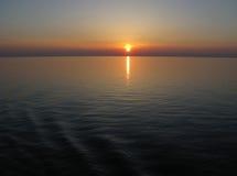 太平洋日落深蓝天空 免版税库存照片