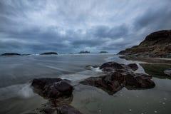 太平洋海岸在Tofino 免版税库存照片