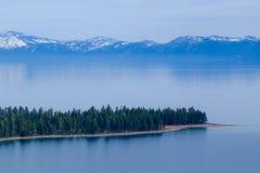 太浩湖,加利福尼亚岸  免版税图库摄影