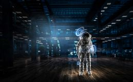 太空人准备好使命 混合画法 免版税库存照片
