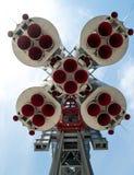 太空火箭纪念碑底部红色喷管effuser 图库摄影