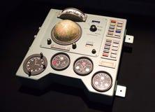 从太空飞船沃斯托克的苏联仪表板 库存图片
