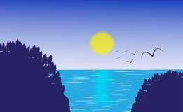 太阳、海和mountians秀丽  免版税库存照片