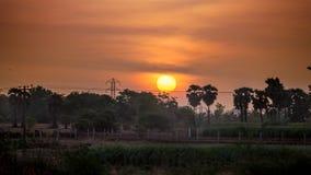 太阳上升在泰米尔・那杜 图库摄影