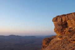太阳上升在Neqev沙漠 免版税库存图片