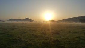太阳上升Breidden小山 免版税图库摄影