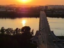 太阳反射在伏尔加河 免版税库存图片