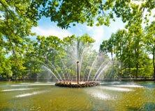 太阳喷泉 免版税库存图片