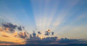 太阳射线 库存图片