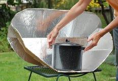 太阳烹饪器材 库存图片