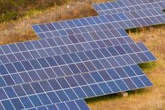 太阳电池板农场 免版税库存照片