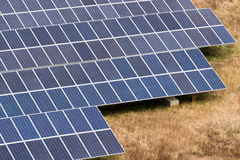 太阳电池板农场 免版税图库摄影