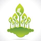 太阳电池板创造性的绿色森林  免版税库存图片
