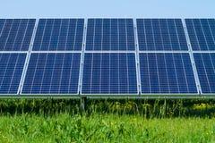太阳电池板导致绿色 库存图片