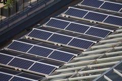 太阳电池板屋顶 图库摄影