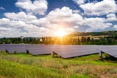 太阳电池板,光致电压-供选择的电来源 免版税库存图片
