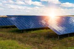 太阳电池板,光致电压-供选择的电来源 免版税图库摄影