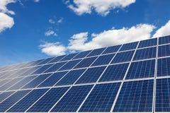 太阳电池板,可再造能源的力量 免版税库存图片