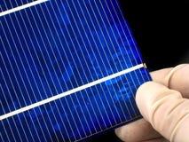 太阳电池的研究 免版税库存照片