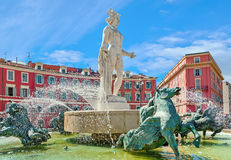 太阳的喷泉在尼斯,法国 免版税库存图片