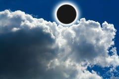 太阳背景黑色五颜六色的设计蚀的例证 库存照片