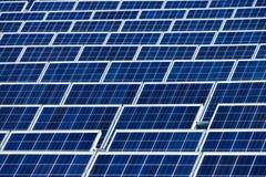 太阳能发电厂 免版税库存照片