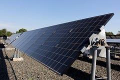 太阳能电池,使用可更新的太阳能的能源厂 免版税库存照片
