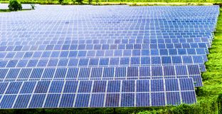 太阳能配电盘调遣 库存照片