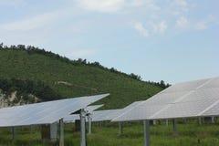 太阳能,太阳电池板,可更新性 免版税库存图片