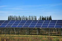 太阳能,工厂能源 免版税库存照片