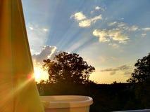 太阳落下 库存照片