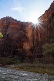 太阳设置在锡安国家公园 免版税库存照片