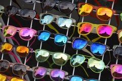 太阳镜待售 免版税图库摄影