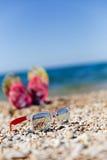 太阳镜,触发器照片  免版税库存照片
