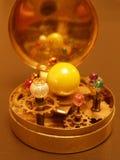 太阳系仪steampunk太阳系的艺术雕塑 库存图片