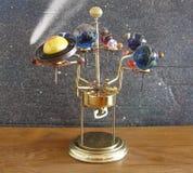 太阳系仪Steampunk艺术时钟 免版税库存照片